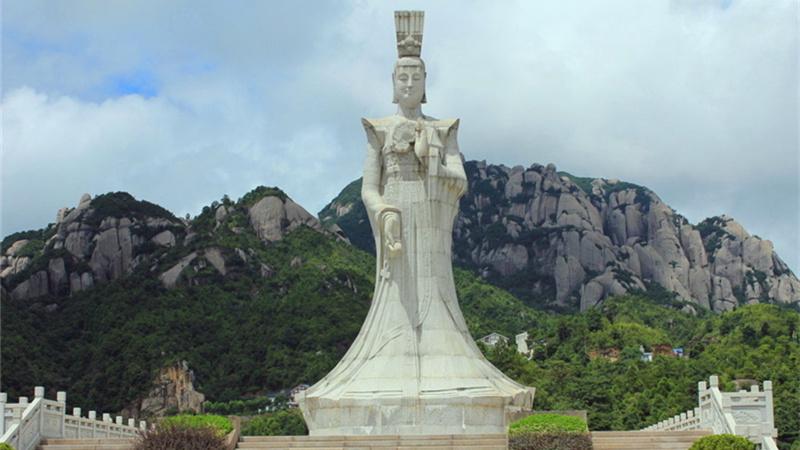 风景名胜区,国家地质公园一一太姥山,位于闽浙边界的福建省福鼎市境
