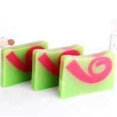 斐济风情手工皂养颜补水深层清洁抗皱纹精油皂